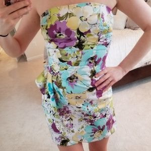 Alyn Paige | Floral Strapless Dress
